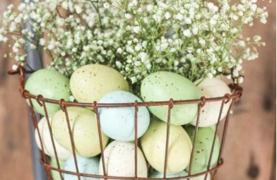 Easter Eggs in Wire Basket - Easy Easter Decor